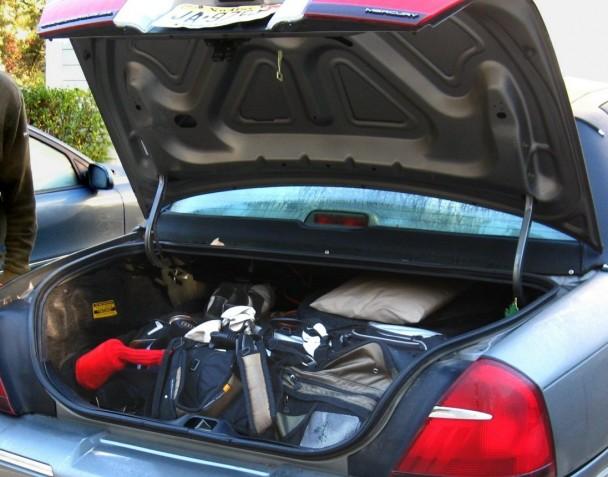 0_us2b_bobmobile_trunk
